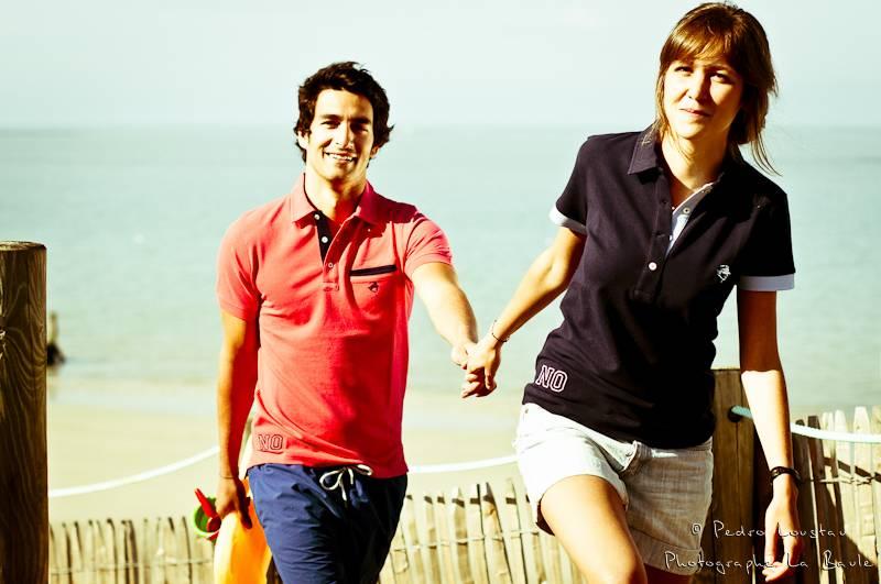 un couple sur la plage-photographe-la-baule-nantes-pedro-loustau-