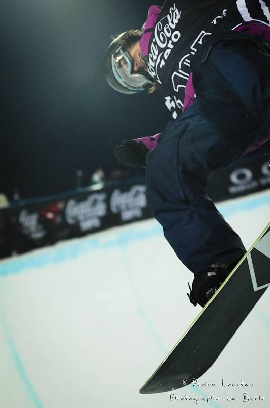 cadrage serre en snowboard dans le pipe photographe la baule nantes pedro loustau