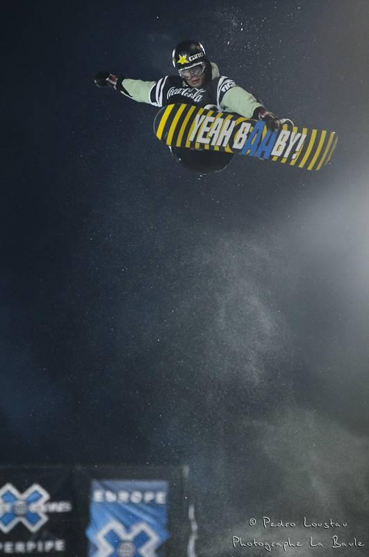 saut en snowboard au x-games photographe la baule nantes pedro loustau
