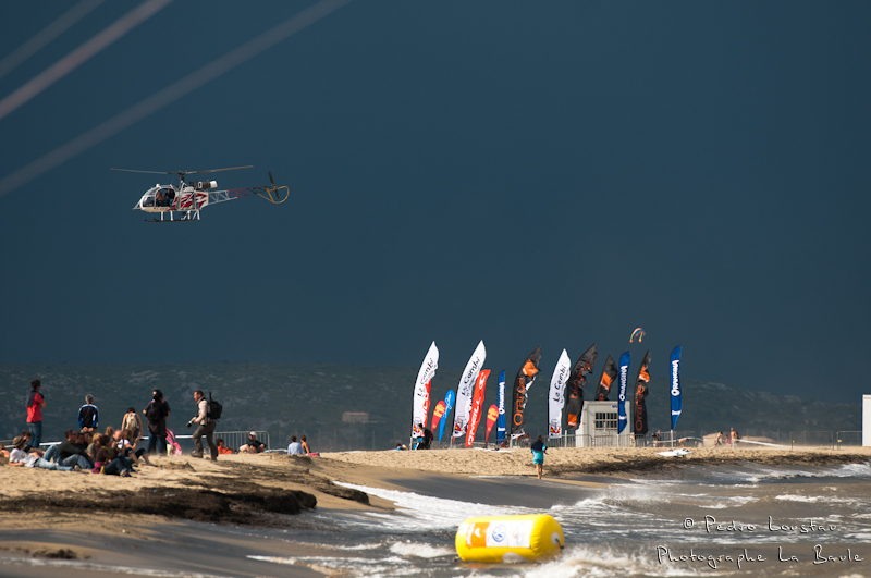 dernier rayon de soleil avant l'oragerasta rideur-photographe la baule- photographe nantes- Leucate-mondial du vent-kitesurf