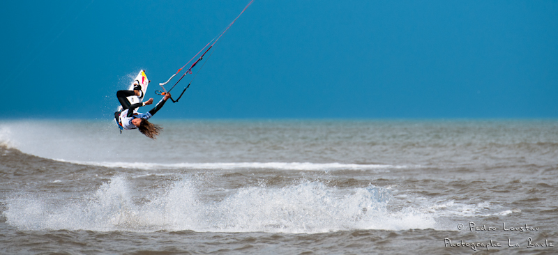gisela au mondial du vent 2011youri qui sort de l'eaurasta rideur-photographe la baule- photographe nantes- Leucate-mondial du vent-kitesurf
