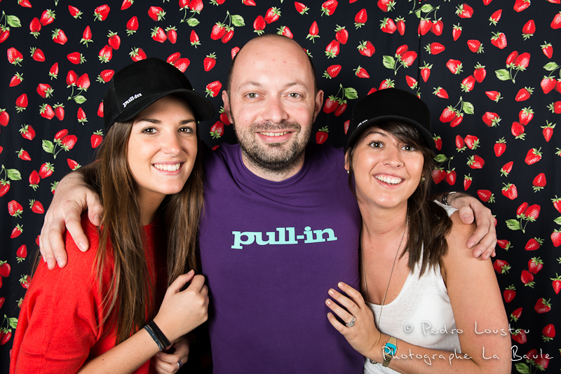 joli trio! studio photo café de la poste pull in pedro loustau photogreaphe la baule nantes