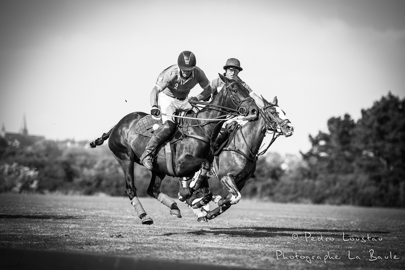 les huit fer en l'air et la balle aussi-photographe la baule nantes guérande ©pedro loustau 2012
