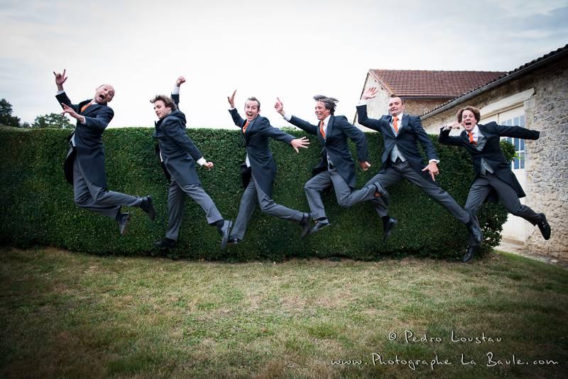 le marié et ses témoin se lâchent! -©pedro loustau 2012- photographe la baule nantes guérande -mariage-