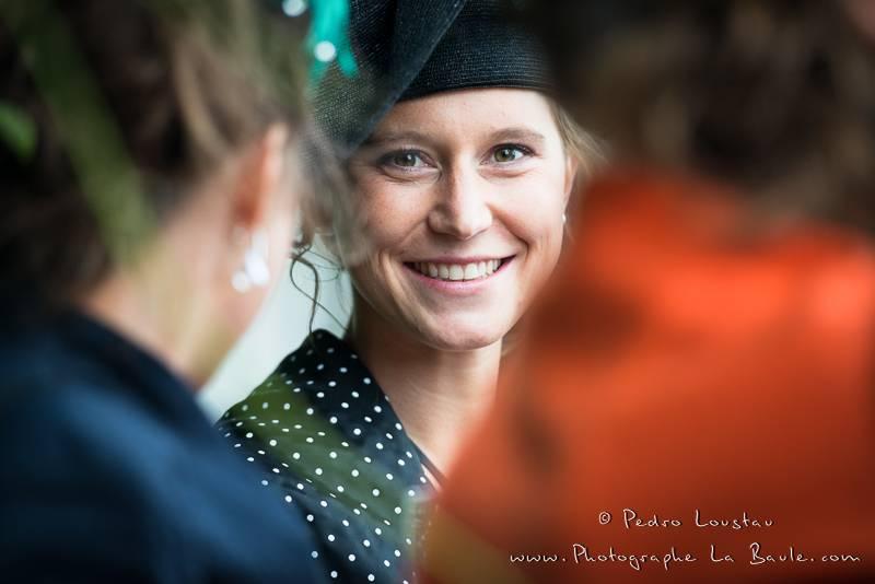 portrait volé au cocktail -©pedro loustau 2012- photographe la baule nantes guérande -mariage-