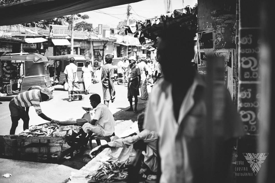 black&white market - ©Pedro Loustau 2014 - photographe la baule - www.photographelabaule.com