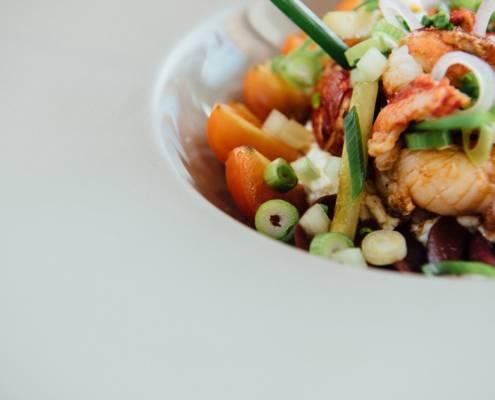 Ggros plan sur une assiette dans un restaurant - photographe la baule