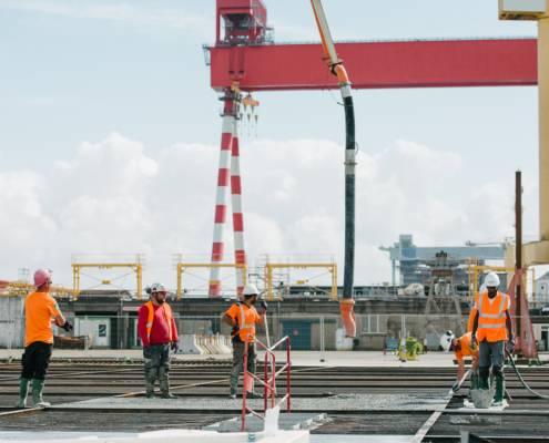 chantier sur le port de saint nazaire - photographe la baule